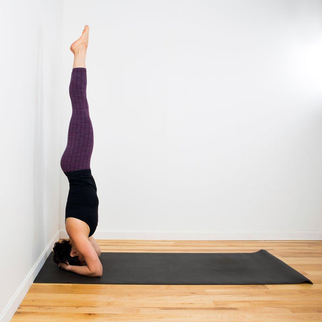 How-Do-Headstand-Yoga.jpg
